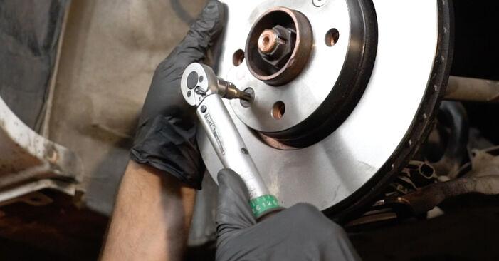 Radlager Renault Clio 3 1.4 16V 2007 wechseln: Kostenlose Reparaturhandbücher