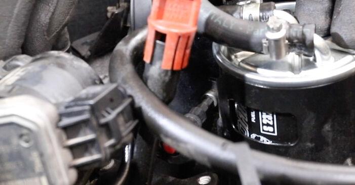 Kraftstofffilter Mercedes W211 E 320 CDI 3.2 (211.026) 2004 wechseln: Kostenlose Reparaturhandbücher
