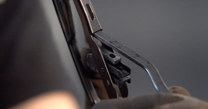 Scheibenwischer Golf 4 1.6 16V 1999 wechseln: Kostenlose Reparaturhandbücher