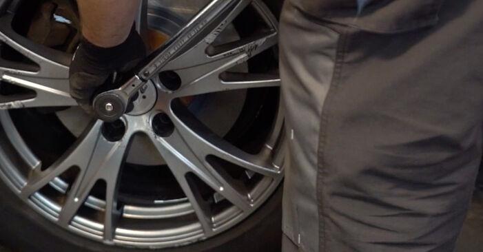 Bremsbeläge Ihres Audi A4 B6 Avant 1.9 TDI 2003 selbst Wechsel - Gratis Tutorial