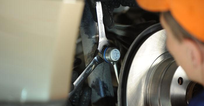Austauschen Anleitung Koppelstange am BMW E90 2006 320d 2.0 selbst