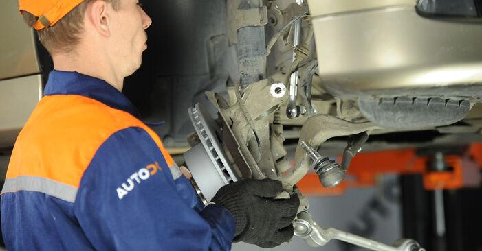 Zweckdienliche Tipps zum Austausch von Domlager beim BMW 3 Limousine (E90) 318d 2.0 2005
