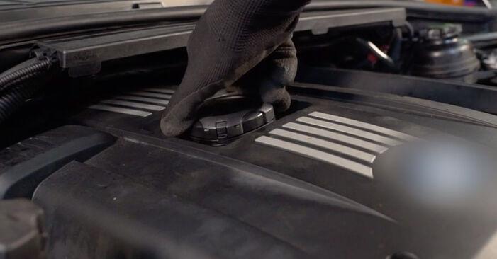 Comment changer Filtre à Huile sur BMW E92 2005 - Manuels PDF et vidéo gratuits