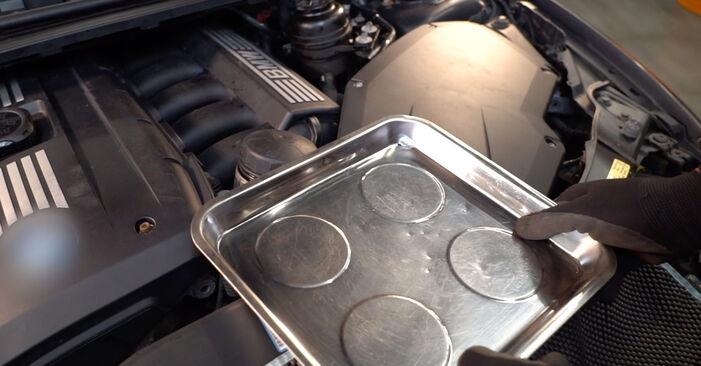 Comment retirer BMW 3 SERIES 325i 2.5 2009 Filtre à Huile - instructions en ligne faciles à suivre