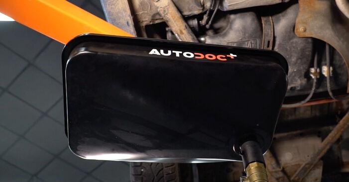 Austauschen Anleitung Kraftstofffilter am Peugeot 206 cc 2d 2008 1.6 16V selbst
