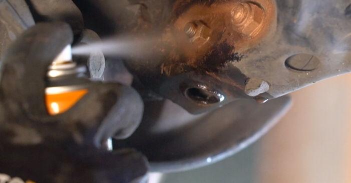 Comment changer Biellette De Barre Stabilisatrice sur Mercedes W210 1995 - Manuels PDF et vidéo gratuits