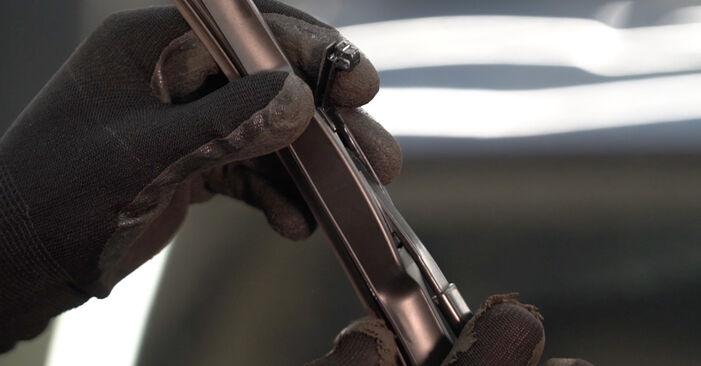 Wechseln Scheibenwischer am TOYOTA PRIUS Liftback (NHW20_) 1.5 Hybrid (NHW2_) 2006 selber