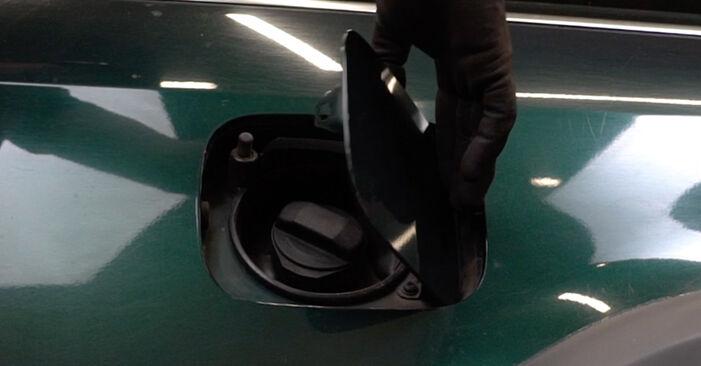 Wie Kraftstofffilter Audi A6 C5 Avant 2.5 TDI quattro 1997 tauschen - Kostenlose PDF- und Videoanleitungen