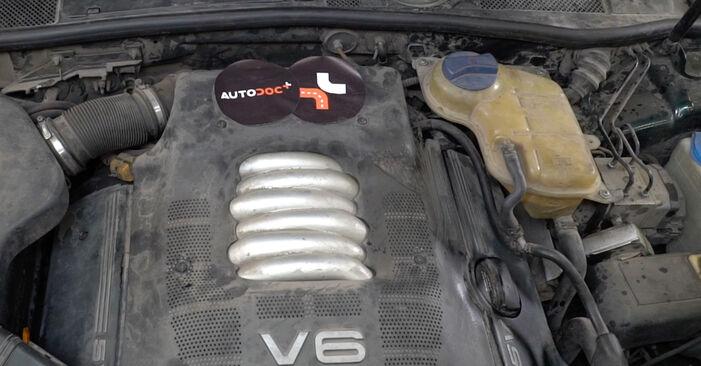 AUDI A6 1.9 TDI Olejovy filtr výměna: online návody a video tutoriály
