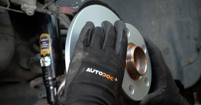 Zweckdienliche Tipps zum Austausch von Bremsscheiben beim AUDI A6 Avant (4B5, C5) 2.4 2002