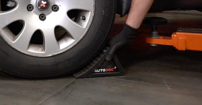 Tausch Tutorial Bremsscheiben am AUDI A6 Avant (4B5, C5) 2000 wechselt - Tipps und Tricks