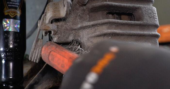 Bremsscheiben am AUDI A6 Avant (4B5, C5) S6 4.2 quattro 2002 wechseln – Laden Sie sich PDF-Handbücher und Videoanleitungen herunter