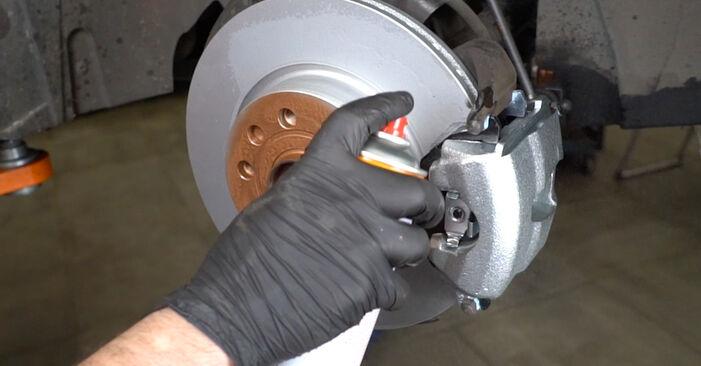 Wie Koppelstange AUDI A3 Sportback (8PA) 1.9 TDI 2004 austauschen - Schrittweise Handbücher und Videoanleitungen