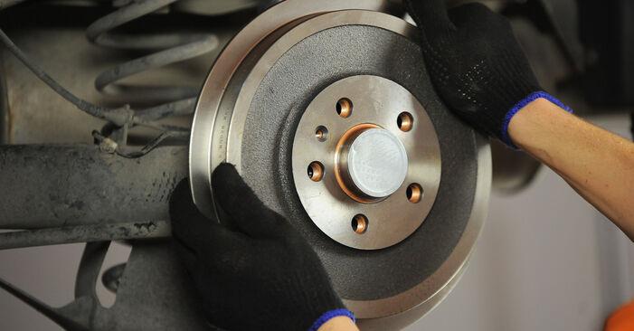 Bremsbacken Skoda Octavia 1u RS 1.8 T 1998 wechseln: Kostenlose Reparaturhandbücher