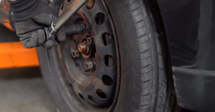 Spurstangenkopf Ihres Toyota Aygo AB1 1.0 GPL (KGB10_) 2013 selbst Wechsel - Gratis Tutorial