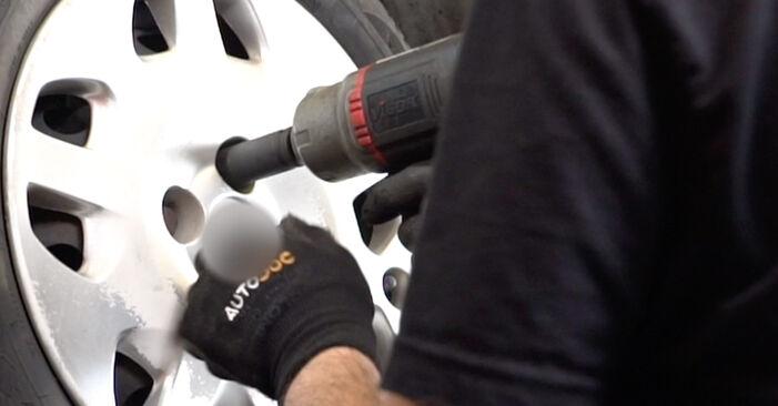 FIAT PUNTO 1.2 Bifuel Spurstangenkopf ausbauen: Anweisungen und Video-Tutorials online