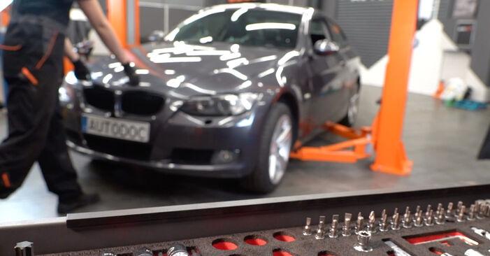 Austauschen Anleitung Spurstangenkopf am BMW E92 2006 335i 3.0 selbst
