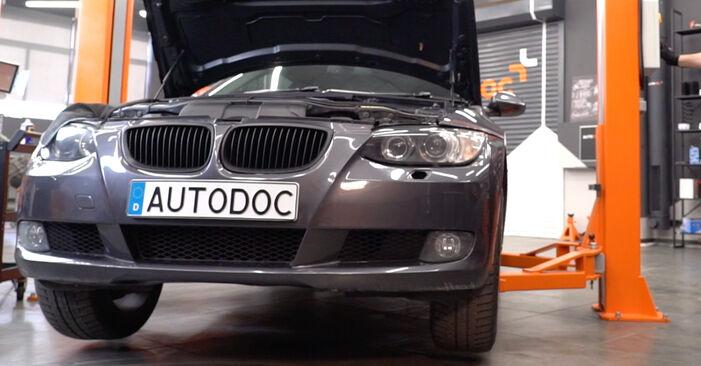Spurstangenkopf BMW E92 335d 3.0 2007 wechseln: Kostenlose Reparaturhandbücher