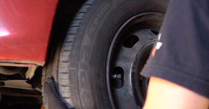 Kiek užtrunka keitimas: CITROËN C3 I (FC_) 2010 Skersinės vairo trauklės galas - informatyvi PDF instrukcija