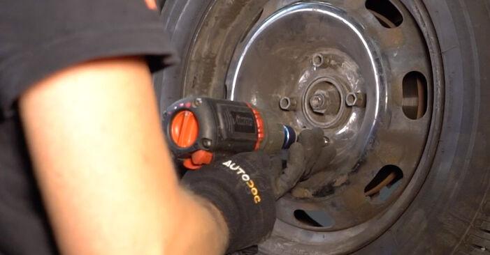 Savarankiškas CITROËN C3 I Hatchback (FC_, FN_) 1.6 16V 2005 Skersinės vairo trauklės galas keitimas