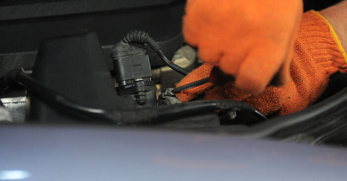 Comment remplacer Filtre à Air sur AUDI A4 Avant (8ED, B7) 2004 : téléchargez les manuels PDF et les instructions vidéo