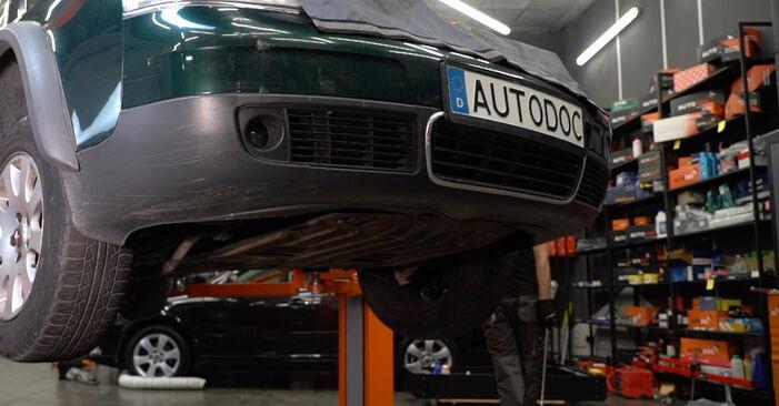 Audi A6 C5 Avant 1.9 TDI 1999 Stabdžių diskas keitimas: nemokamos remonto instrukcijos