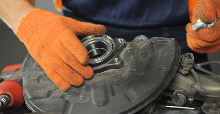 Radlager Audi A4 b7 1.9 TDI 2004 wechseln: Kostenlose Reparaturhandbücher