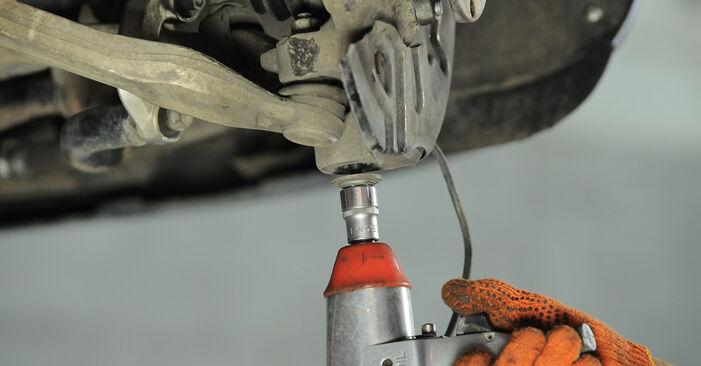 Wie AUDI A4 2.0 TFSI quattro 2006 Radlager ausbauen - Einfach zu verstehende Anleitungen online