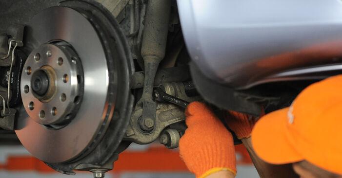 Wie schwer ist es, selbst zu reparieren: Koppelstange Audi A4 B7 Avant 1.8 T 2005 Tausch - Downloaden Sie sich illustrierte Anleitungen