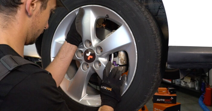 Spurstangenkopf Ihres Toyota Auris e15 1.4 D-4D (NDE150_) 2007 selbst Wechsel - Gratis Tutorial