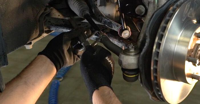 Spurstangenkopf Toyota Prius 2 1.5 (NHW2_) 2005 wechseln: Kostenlose Reparaturhandbücher
