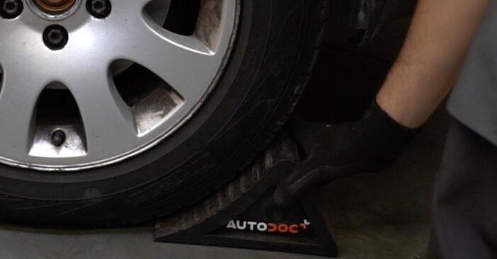 Audi A6 C5 Avant 2001 1.8 T Féltengely Csukló csináld magad csere - javaslatok lépésről lépésre