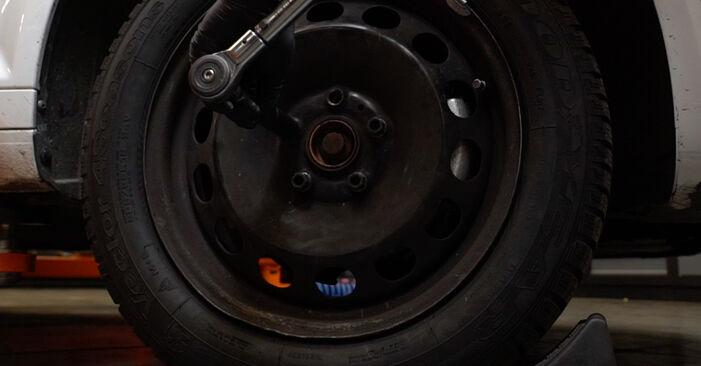 Spurstangenkopf beim AUDI A3 2.0 FSI 2011 selber erneuern - DIY-Manual