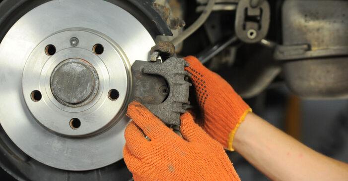 Zweckdienliche Tipps zum Austausch von Bremsscheiben beim AUDI A4 Avant (8ED, B7) 1.9 TDI 2008