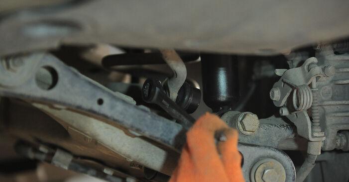 Asendades Audi A4 b7 2004 2.0 TDI Stabilisaatori otsavarras ise