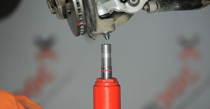 Wechseln Stoßdämpfer am AUDI A4 Avant (8ED, B7) 2.0 TDI quattro 2005 selber