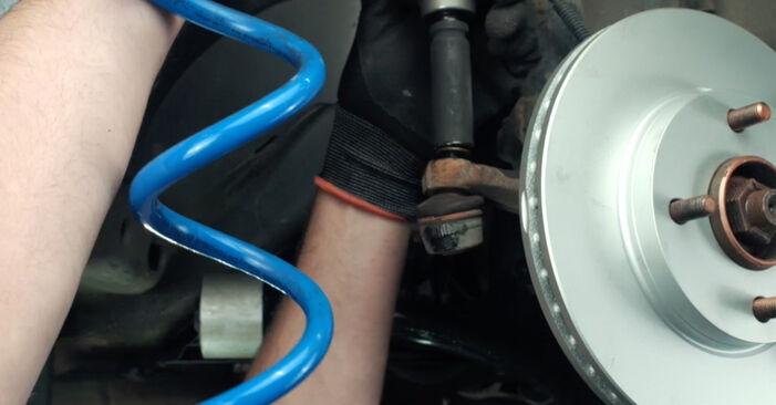 Wie schwer ist es, selbst zu reparieren: Spurstangenkopf Ford Fiesta Mk5 1.6 16V 2007 Tausch - Downloaden Sie sich illustrierte Anleitungen