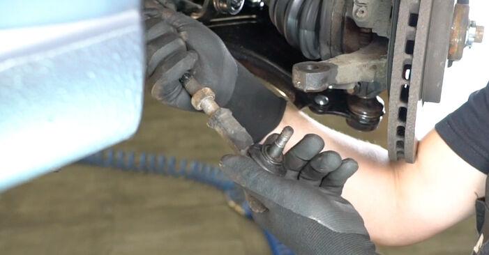Remplacer Rotule De Direction sur Opel Meriva x03 2005 1.7 CDTI (E75) par vous-même