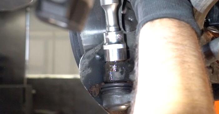 Zweckdienliche Tipps zum Austausch von Spurstangenkopf beim MERCEDES-BENZ C-Klasse Limousine (W203) C 220 CDI 2.2 (203.008) 2006