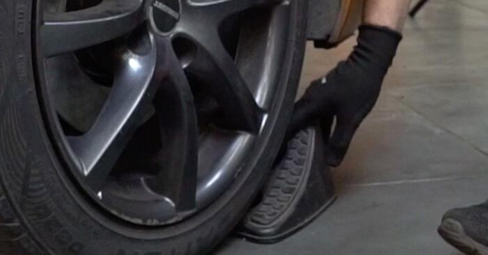 Spurstangenkopf Ihres Peugeot 207 WA 1.6 HDi 2014 selbst Wechsel - Gratis Tutorial