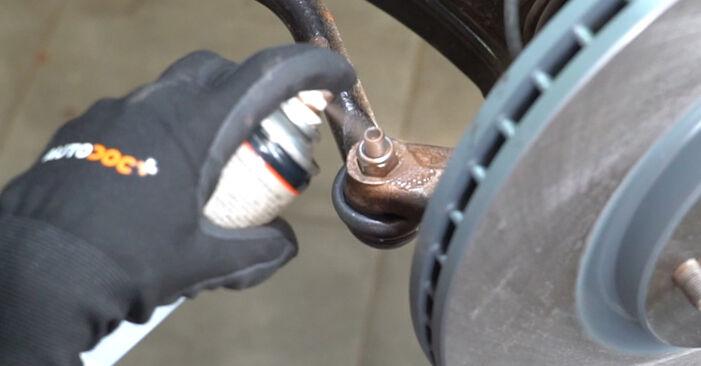 Spurstangenkopf Nissan Qashqai j10 1.6 2008 wechseln: Kostenlose Reparaturhandbücher
