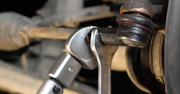 Hvordan man udskifter Styrekugle på Seat Ibiza 6l1 2002 - gratis PDF og video manualer