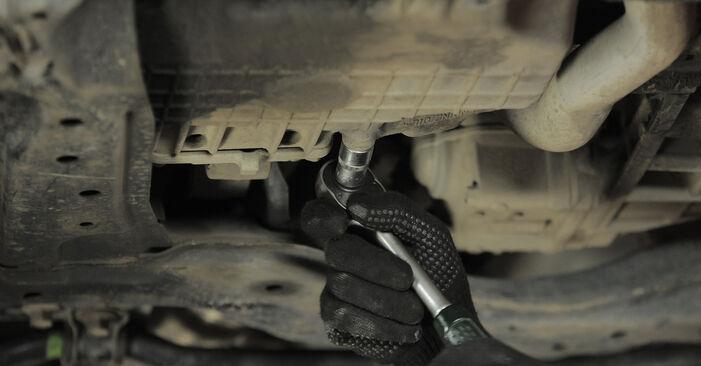 Wie schwer ist es, selbst zu reparieren: Ölfilter Honda CR-V II 2.4 Vtec (RD6) 2001 Tausch - Downloaden Sie sich illustrierte Anleitungen
