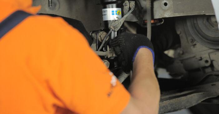 Wie lange benötigt das Auswechseln der Teile: Domlager beim Honda CR-V II 2003 - Detailliertes PDF-Tutorial