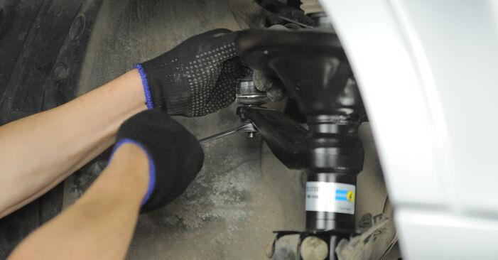 Stoßdämpfer beim HONDA CR-V 2.4 4WD 2002 selber erneuern - DIY-Manual