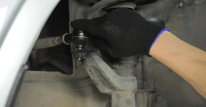 Recomendaciones paso a paso para la sustitución por su cuenta Honda CR-V II 2002 2.4 Rótula de Dirección