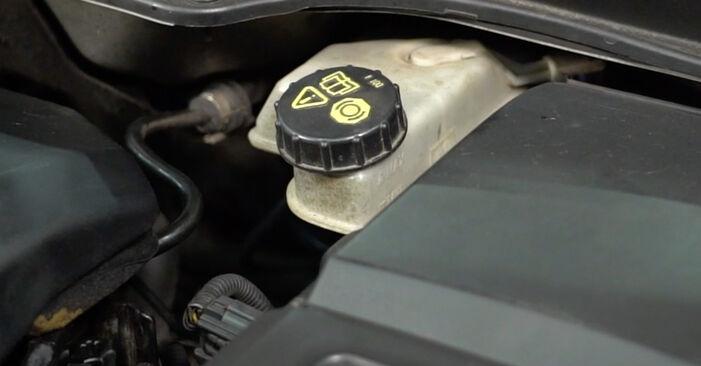 Wie schwer ist es, selbst zu reparieren: Bremsscheiben Honda CR-V II 2.4 Vtec (RD6) 2001 Tausch - Downloaden Sie sich illustrierte Anleitungen