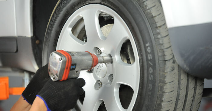 Wie schwer ist es, selbst zu reparieren: Spurstangenkopf Audi A4 B6 2.5 TDI 2001 Tausch - Downloaden Sie sich illustrierte Anleitungen