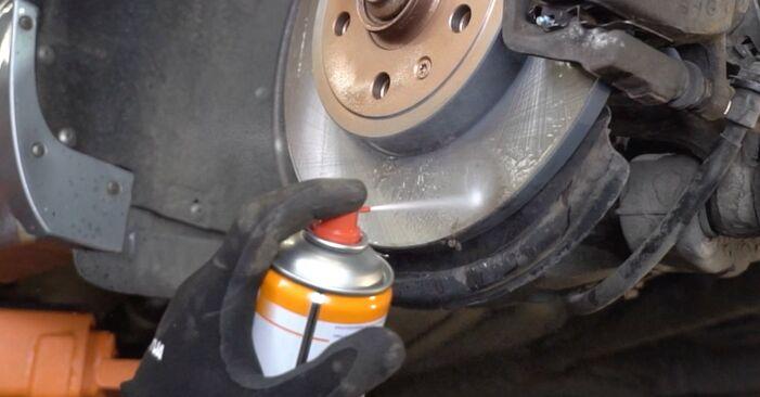 Wie HONDA CR-V 2.4 2005 Bremsbeläge ausbauen - Einfach zu verstehende Anleitungen online