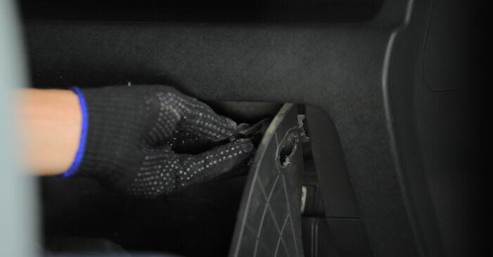 Tidsforbruk: Bytte av Kupefilter på Honda CR-V II 2003 – informativ PDF-veiledning